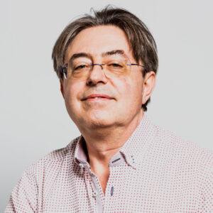 Dr. José Raúl Pérez Sanz