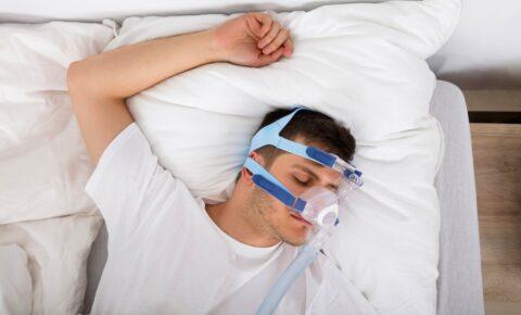 ¿Cómo puede ayudarte la terapia CPAP contra la apnea del sueño?